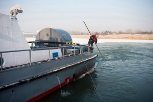 Jégtörő hajó Tiszalöknél